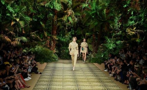 Gucci et Dolce&Gabbana clôturent la fashion week milanaise