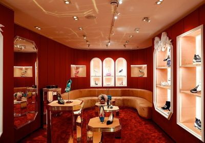 ELLEfashionSpot:  Roger Vivier ouvre sa boutique au Mayfair