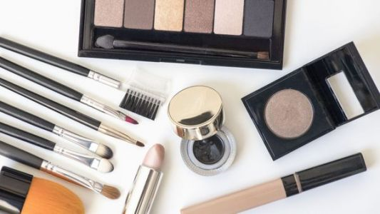 Black Friday:  quels produits à offrir à une fan de make-up ?