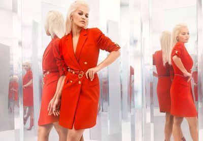 L'Instant Mode:  Rita Ora x Escada, une collection explosive qui voit rouge