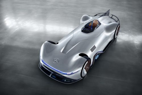 La Mercedes Vision EQ Silver Arrow