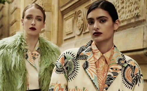 Dries Van Noten lance une collection exclusive sur MyTheresa.com