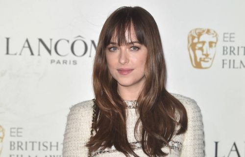 L'actrice Dakota Johnson a eu du mal à tourner avec Chris Hemsworth