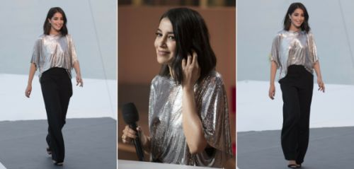 On aime : les paillettes cool de Leïla Bekhti au Worth it talk de l'Oréal