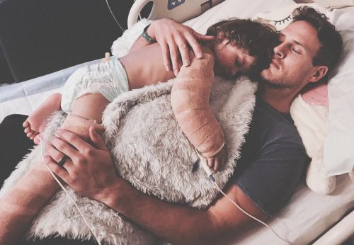 TeamRoan: Help support Sean Sullivan's 3-year-old son's recovery from lawnmower accident