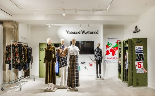 Vivienne Westwood installe un pop-up store à Selfridges