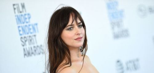 Dakota Johnson, le prince Harry et Daniel Craig. l'actu des people en bref