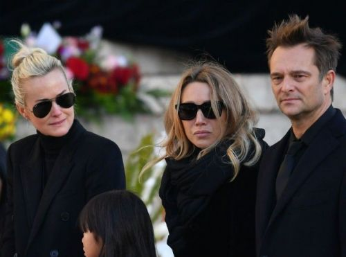 Laeticia Hallyday réagit à l'intervention de David Hallyday dans Sept à Huit !