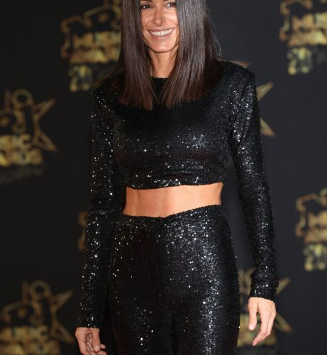 PHOTOS - Glass hair:  Jenifer adopte la coiffure ultra tendance de l'automne