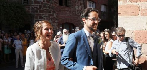 PHOTOS. Rayonnante, Ségolène Royal marie son fils Thomas Hollande