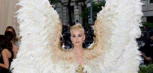 PHOTOS. L'incroyable look d'ange de Katy Perry au Met Gala 2018