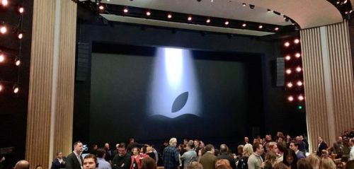 "Direct:  suivez la keynote ""showtime"" d'Apple"