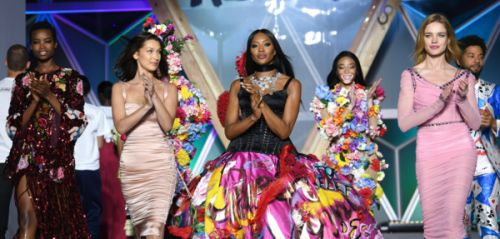 Naomi Campbell, Bella Hadid. le gala Fashion for Relief en images