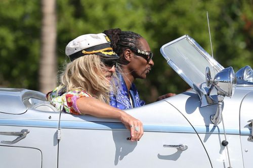 The Beach Bum:  Snoop Dogg a fait fumer de la vraie weed à Matthew McConaughey
