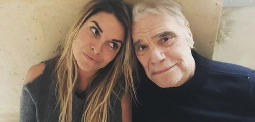 "PHOTO. ""On lâche rien"":  la fille de Bernard Tapie confirme qu'il a repris la chimio"