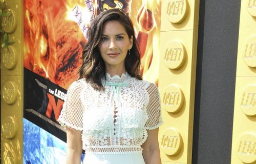 L'actrice Olivia Munn tacle Mark Wahlberg aux Critics' Choice Awards