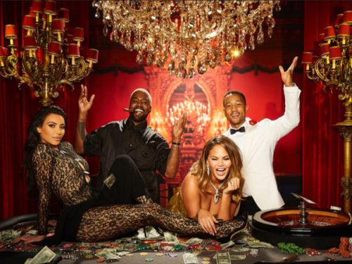 PHOTOS. Kourtney et Kim Kardashian, Kanye West, Kris Jenner. la folle soirée d'anniversaire de John Legend