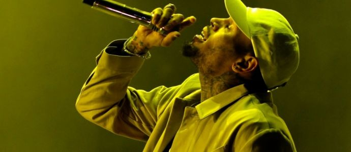 Accusé de viol, le chanteur américain Chris Brown en garde à vue à Paris