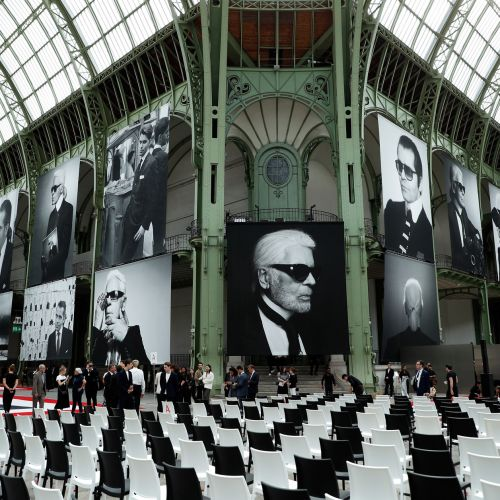"""Karl For Ever"":  le vibrant hommage à Lagerfeld au Grand Palais"
