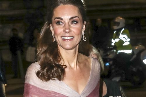 PHOTOS. Kate Middleton lumineuse:  elle ose le look total rose pour un gala caritatif