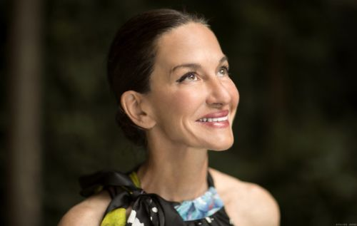 A Beauty Minute with Cynthia Rowley