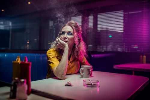 Photographic Series about Smokers Behavior