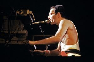 """The show must go on"": Freddie Mercury revit sur grand écran"