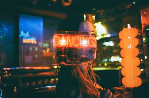 Evening Dizziness, Neon Lights and Analog Poetry