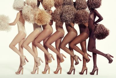 Christian Louboutin dévoile une collection nude