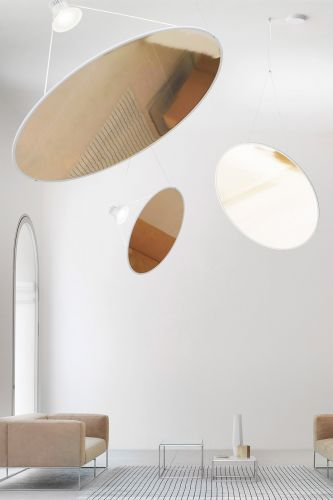 Sleek and Minimalist Lamp Suspensions