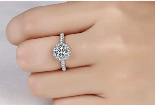 A Complete Guide to Buy Floating Diamond Ring